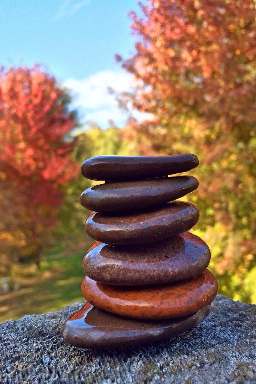 stacking-stones-667432_1280